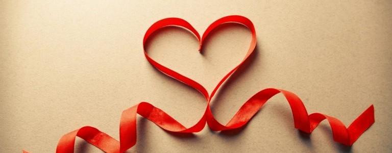 heart-ribbon-love-art-wallpaper-768x480